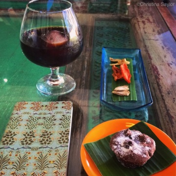 Afternoon pick-me-up at Seniman Coffee in Ubud on Bali