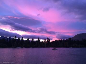 Sunrise on Lake Wakatipu in Queenstown