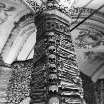 Capela dos Ossos (Chapel of the Bones) in Évora