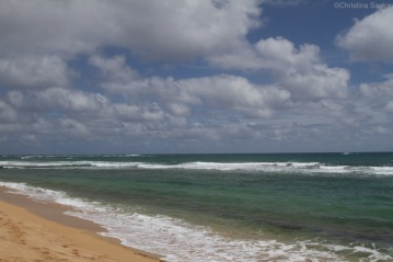 Kite surfers at Hapuna Beach State Recreation Area