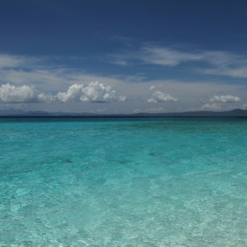 Warm waters on Kalanggaman Island